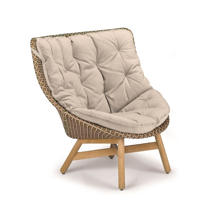 DEDON_MBRACE_Wing_chair_chesnut