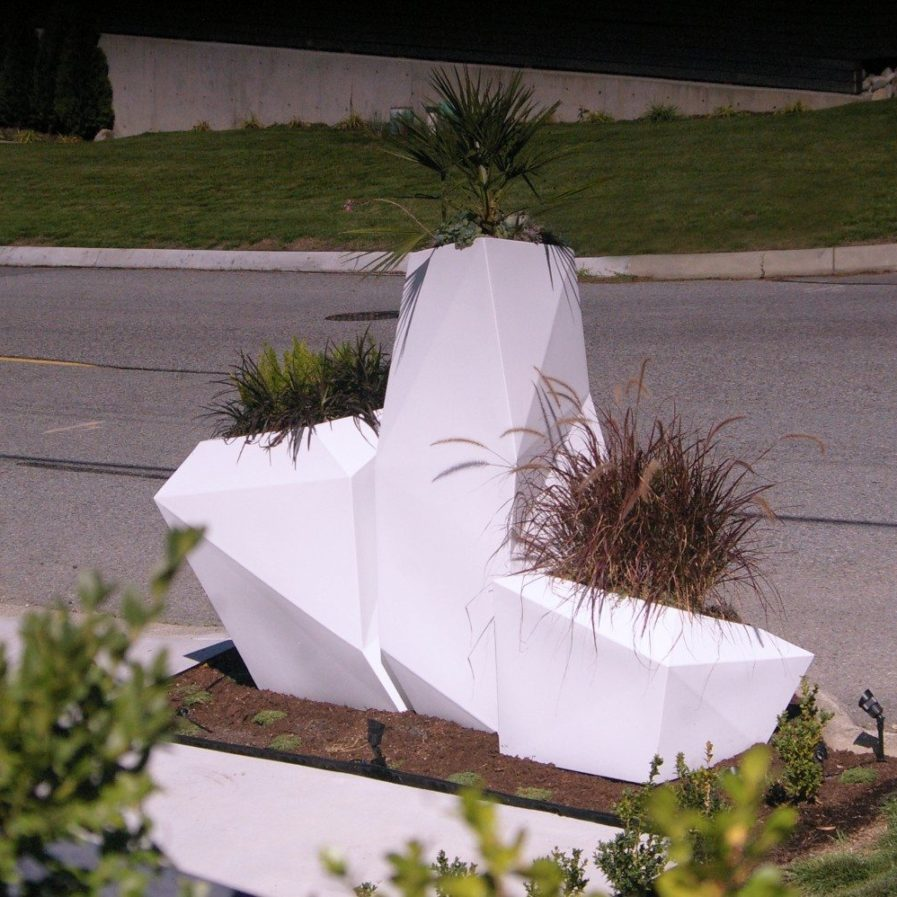 Vondom Faz Planter - Ginger Jar Furniture Design Services