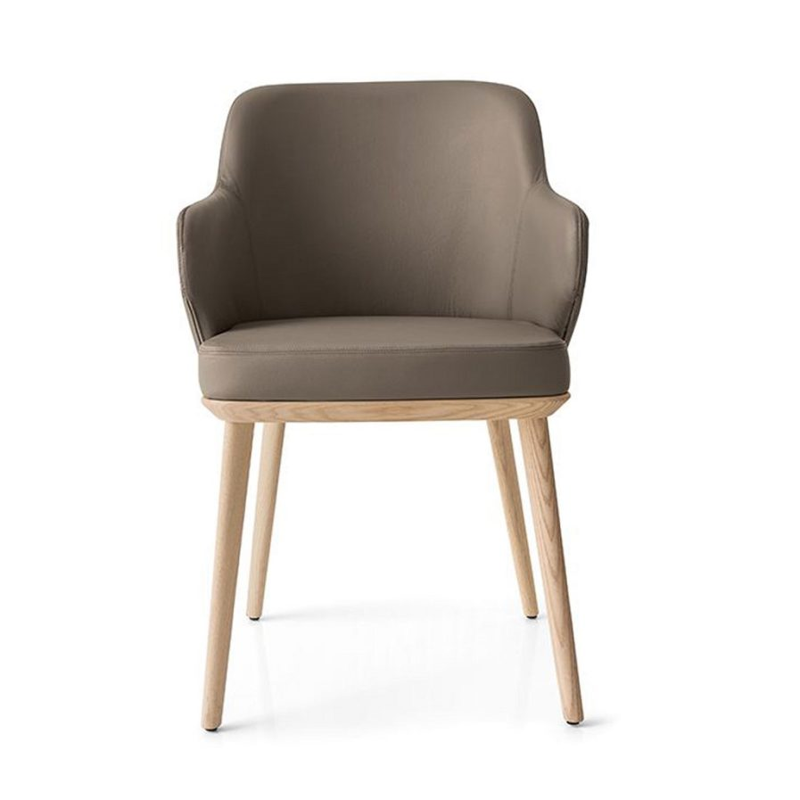 foyer-leather-armchair-calligaris_wood legs