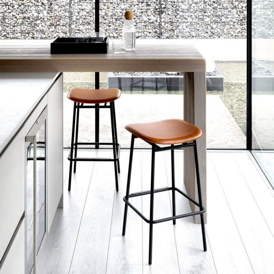 calligaris fifties backless stool